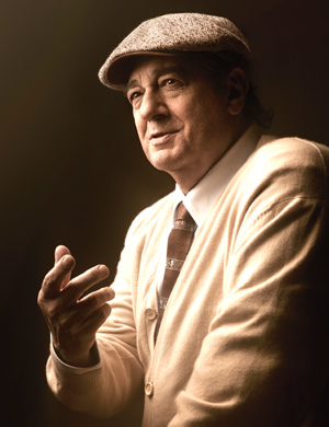 Plácido Domingo as Pablo Neruda in Daniel Catán's Il Postino. Photo by Art Streiber